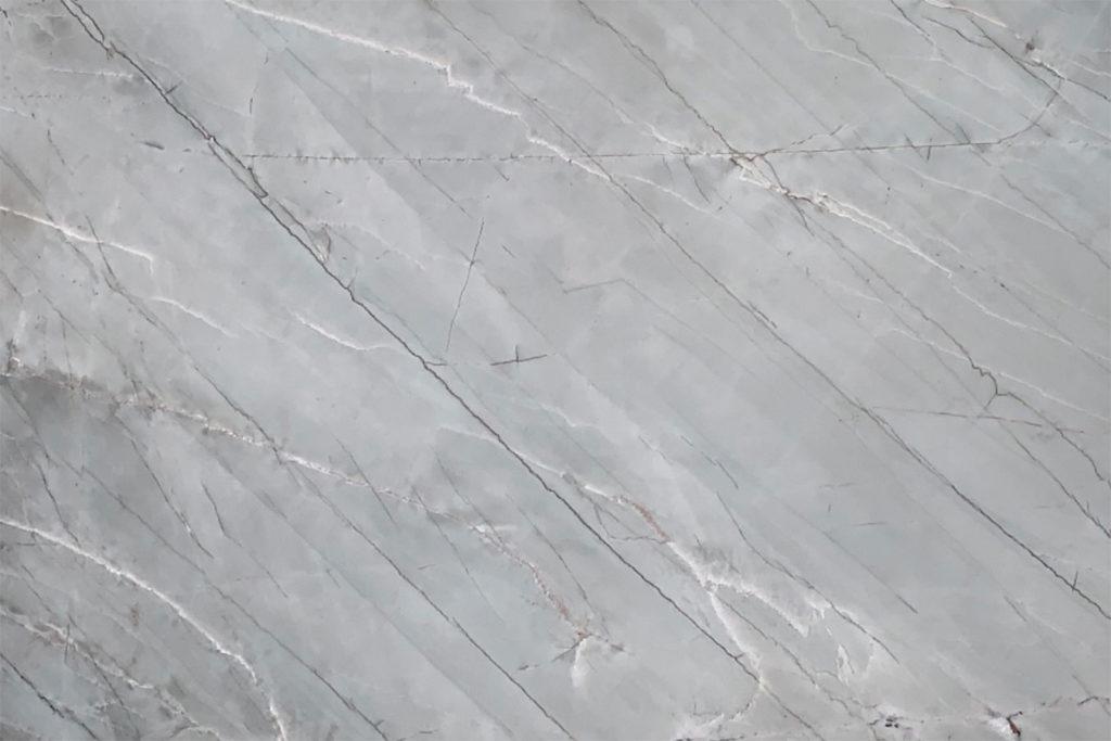 10046 Emerald Sea (Quartzite) 126X77 $3267/slab